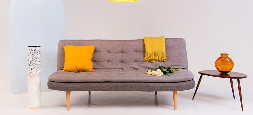 Textile Graduate, Kate Hollowood, wins Gold at London Design Awards.