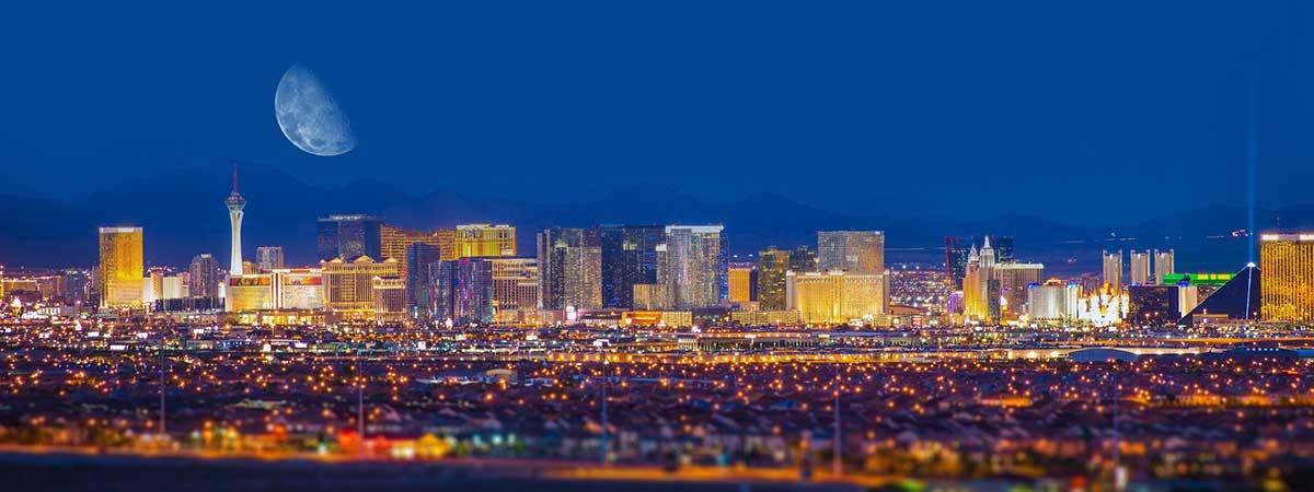 Mandalay Bay 1200x450 - Las Vegas skyline