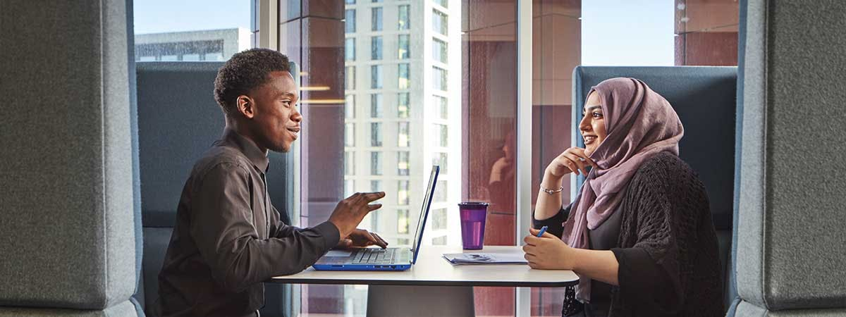Accounting and Finance with a Foundation Year Course Image 1200x450 - Man and woman at a desk