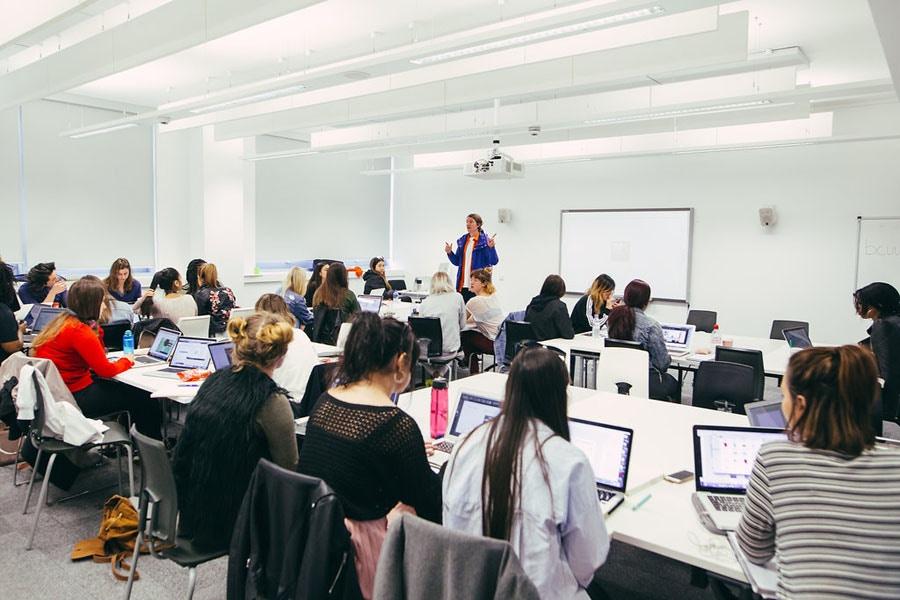 Group Study Room University Of Birmingham