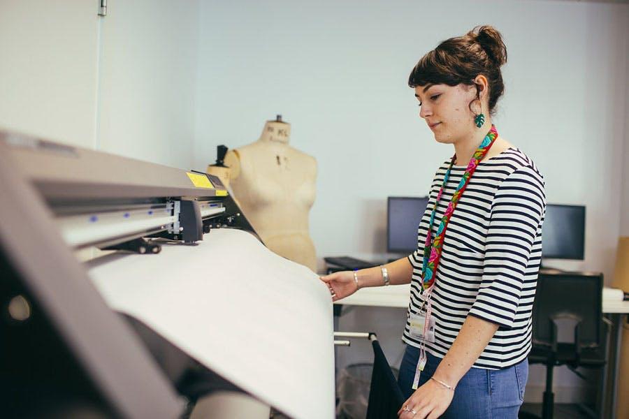 Garment Tech Plotter 1