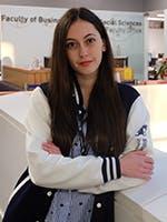 Ana Maria 150x200