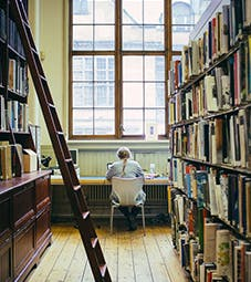 艺术家图书馆