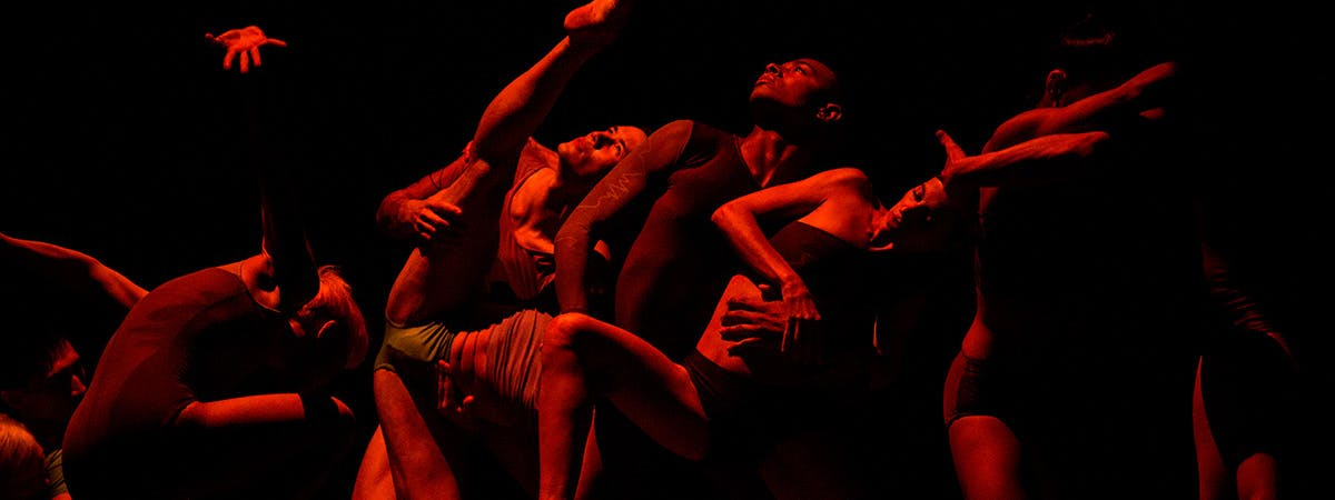 Contemporary dance on stage