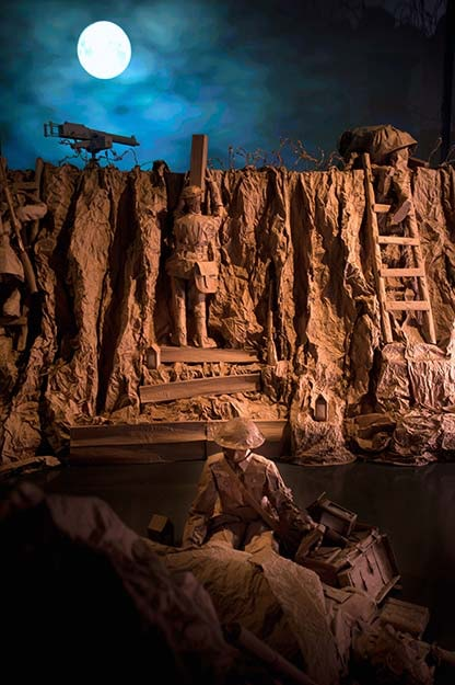 Exhibition Shell Uk : Paper exhibition commemorates world war one centenary