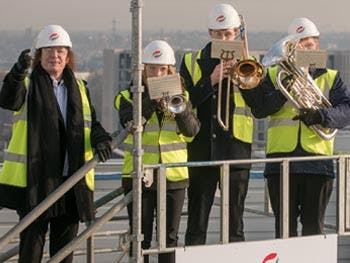 conservatoire topping out