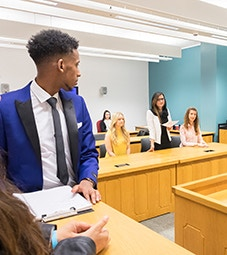 Law School - Homepage - Facilities - Crown Court - Students in the crown court