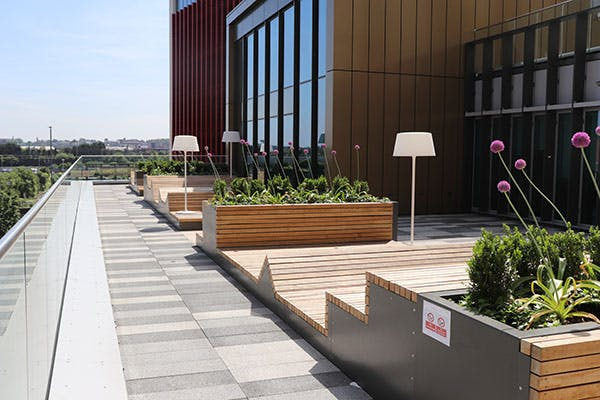 Curzon Facilities 6 600x400 - Roof terrace floor 1