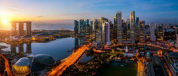 Kaplan 700x300 - Singapore Skyline