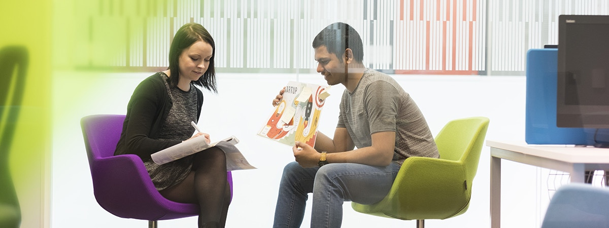 Marketing (Consumer Psychology) - BA (Hons) Course Image 1200x450 - Man and woman brainstorming