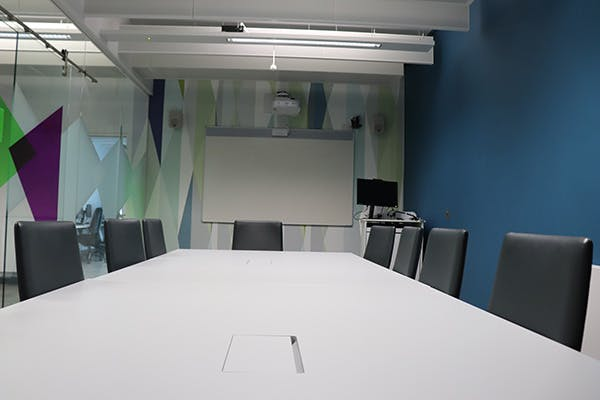 Marketing Link Agency 3 600x400 - Conferencing suite
