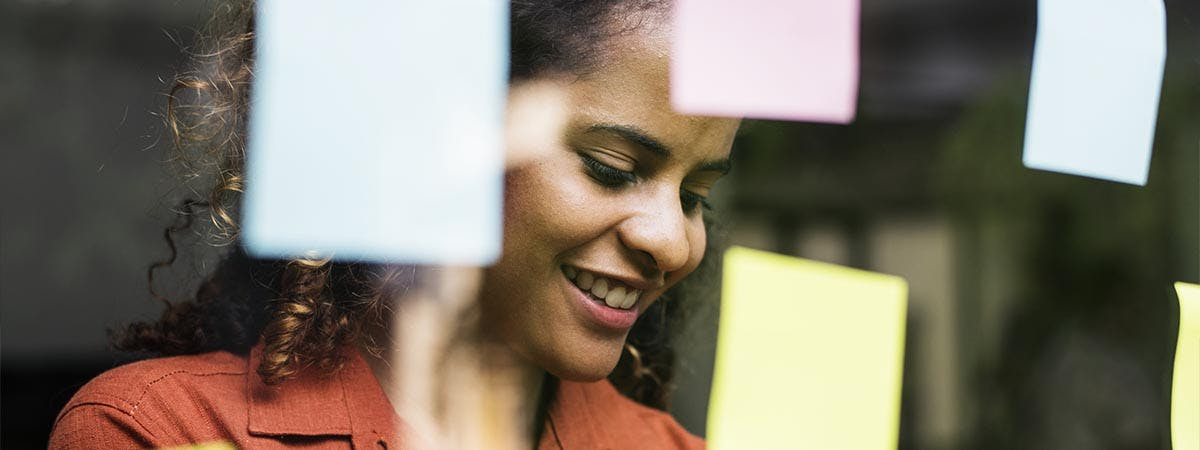 Marketing Planning for Success 1200x450 - Woman with post-it notes