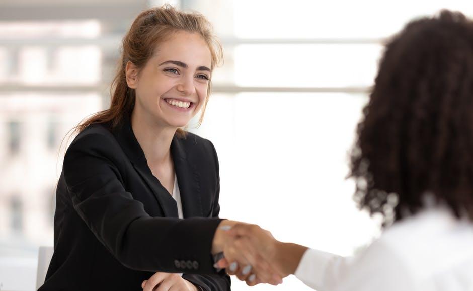 亚博有效投注额商务服务 - 启动您的业务