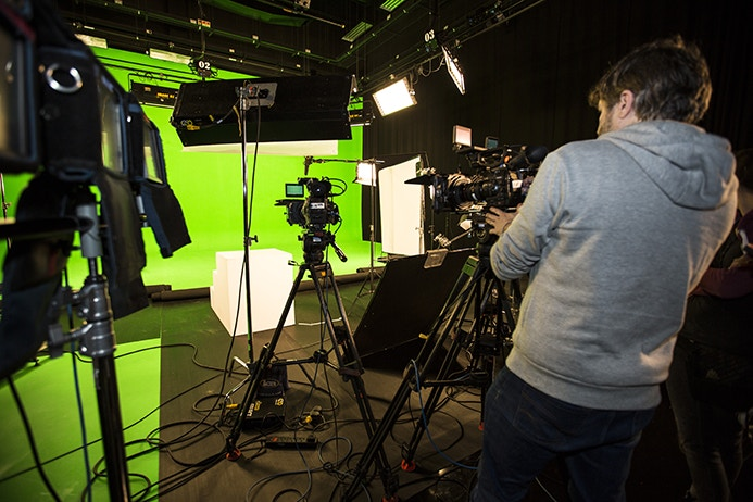 Studio B - Green Screen
