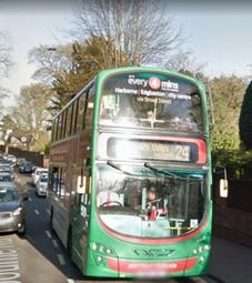 Bus Westbourne Road