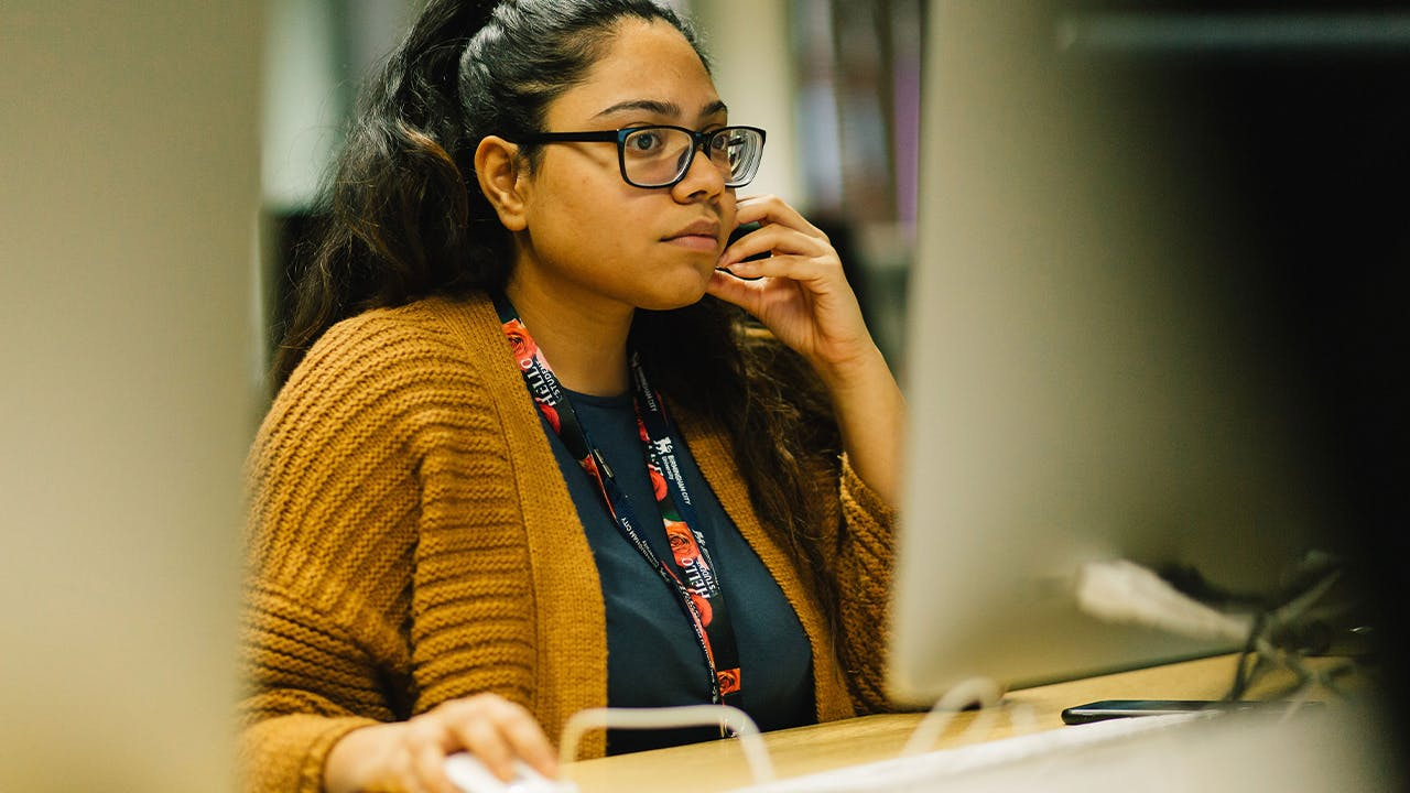 picture of student on iMac